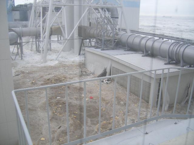 fukushima-akw-tsunami5