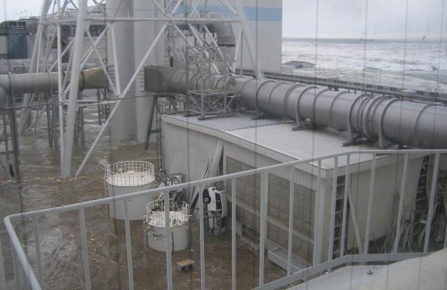 fukushima-akw-tsunami7