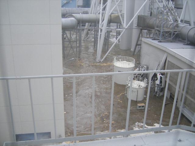 fukushima-akw-tsunami8