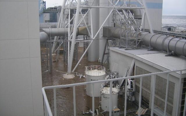 fukushima-akw-tsunami9