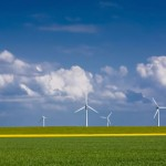 Wind erzeugt Strom - © Thomas Renz | Fotolia.com