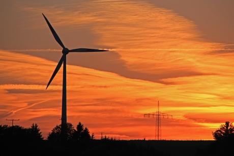 Strommix: Anteil an erneuerbaren Energien steigt